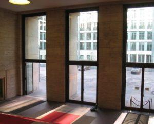 Türen mit Bodenantrieb Ansicht innen