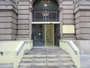Staatsbibliothek Berlin Ganzglas Schiebetür Ansicht Außen