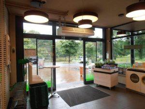 biocompany-filiale-wiesenschlag-Automatiktür innen