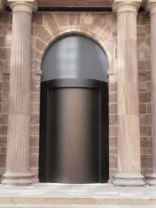 Karusselltür Einbruchhemmung mit Bronze Eloxal Ansicht außen