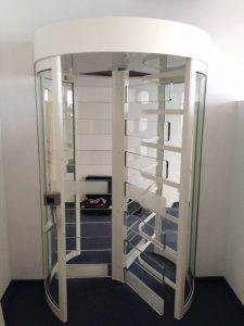 Drehkreuz Sicherheitsbereich Callcenter