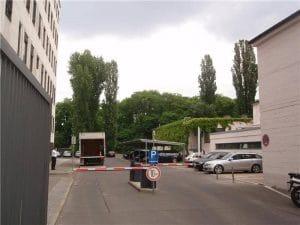 Vivico-Berlin Schranke