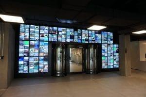 Spionagemuseum runde Personenschleuse als Ein- und Ausgang