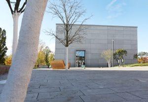 Bauhausmuseum Weimar Ansicht bei Tag