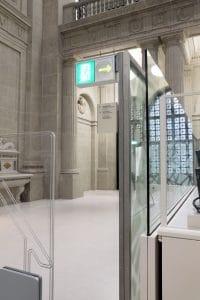 Staatsbibliothek Trennwand mit automatischer Glasschiebewand offen