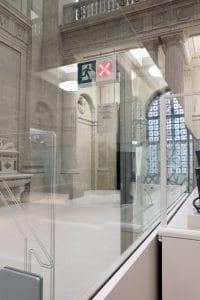 Staatsbibliothek Trennwand mit automatischer Glasschiebewand halboffen